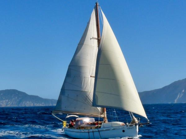 Photo Sail Bruny Port Davey charter