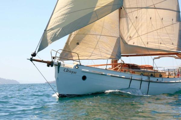 photo  Sailing the D'Entrecasteaux channel, Tasmania