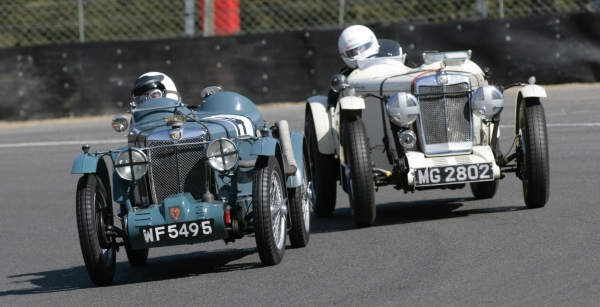 Fred Boothby J2 chased by Charles Jones L Special