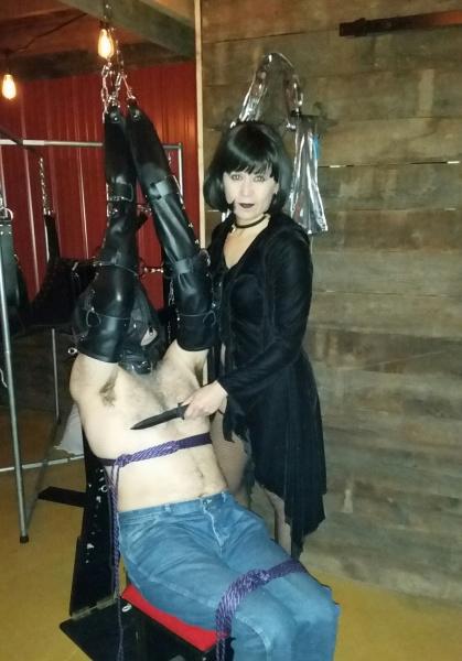 Lady Raven & Mistress Aurora