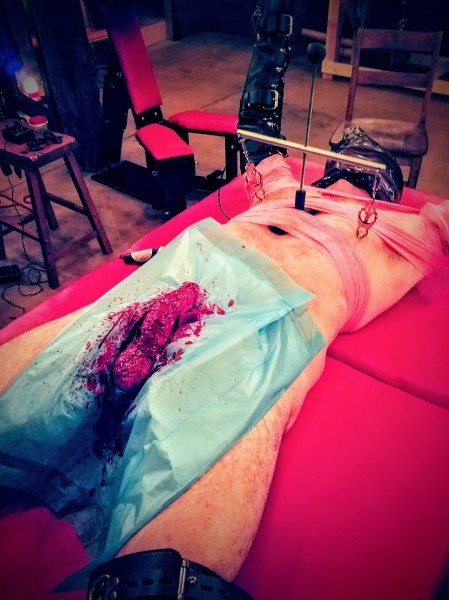 castration with wax