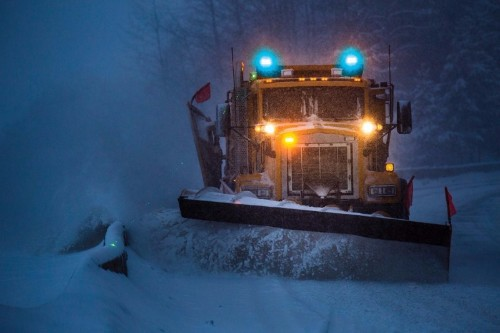 Snow Plow truck with Blue LED Warning lights