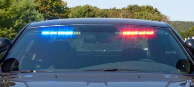 Whelen Inner Edge Light Bar flashing blue and red LED