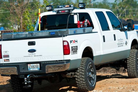 White work truck with GOLIGHT Radioray search light