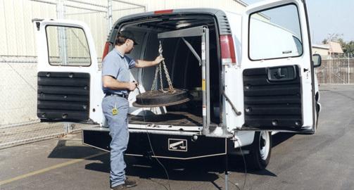 Western Mule Fold-A-Way Bumper Crane, V-Series