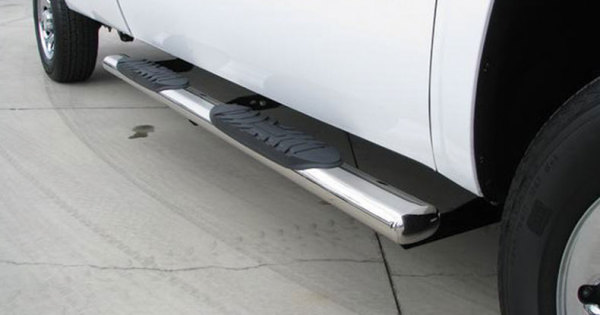 TRUCK ACCESSORIES:  SIDE STEPS