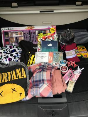 Youth Villages Holiday Heroes - Shopping & Wrapping Events
