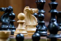PLAY CHESS AND OTHER BOARD GAMES