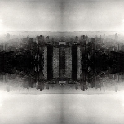 Horizonte Mad Max, 2010. 80 x 80 cm. Fotomontagem / Photomontage