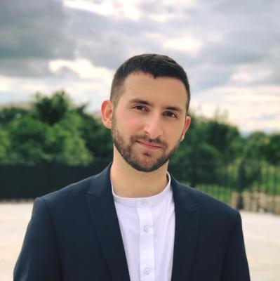 Martin Kuvandzhiev - Lead iOS Developer in Phyre and tutor in SoftUni