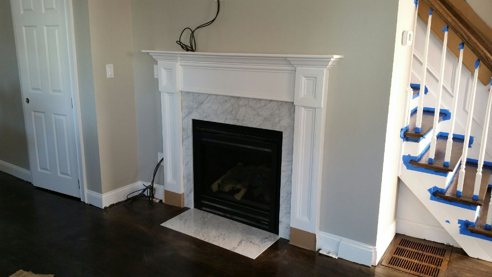 "<img src=""fireplace"" alt=""fireplace"">"