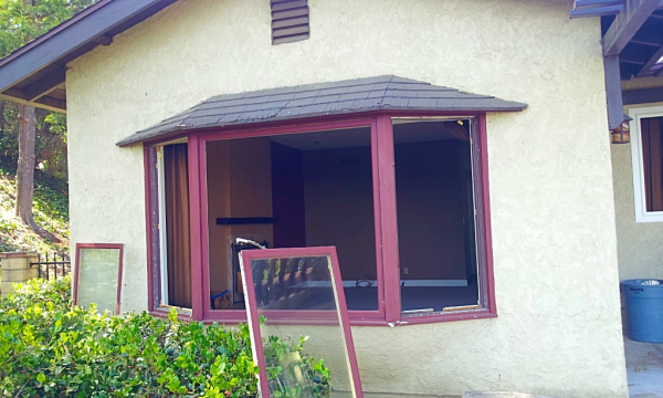 3 Panels Fixed Windows (Bay Window) Before