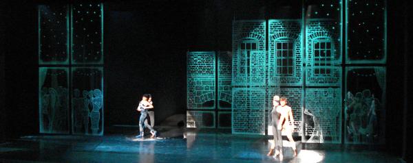 Glass Slipper Stage Set