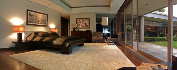 Toshi's House - Bedroom