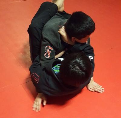 Kids Brazilian Jiu-jits and kickboxing at Ronin MMA