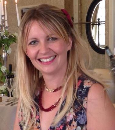 Social Media - Louise Moysten