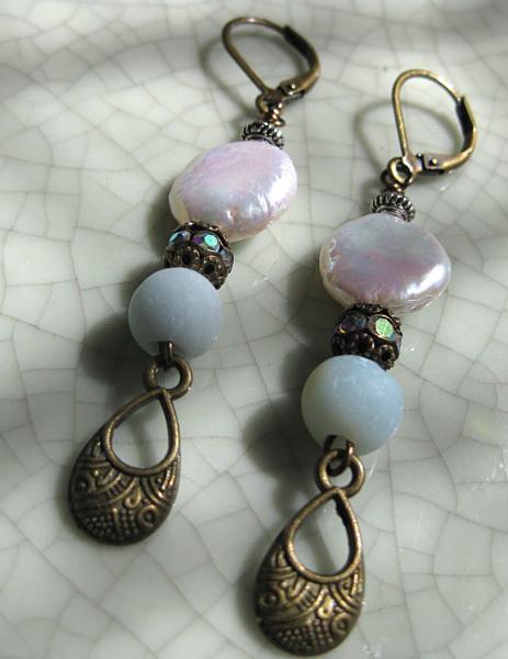 Pearl & semi precious stone earrings!