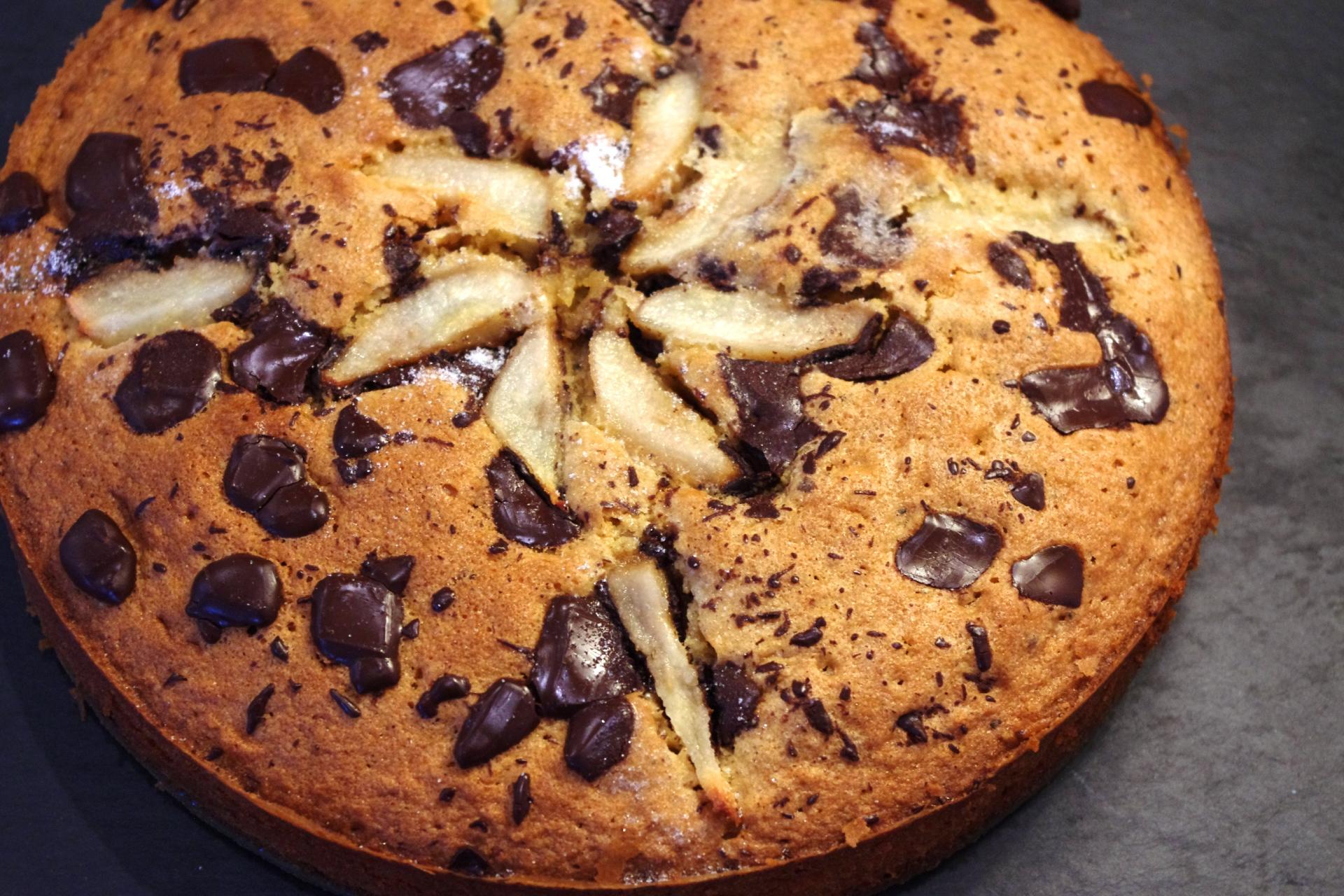 Dark chocolate, cardamom & pear cake
