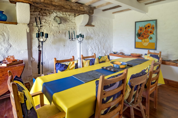 Le Choisel dining room - French holiday venue