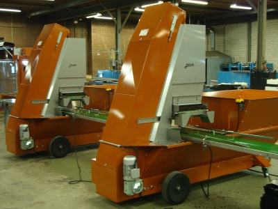 Tray automation
