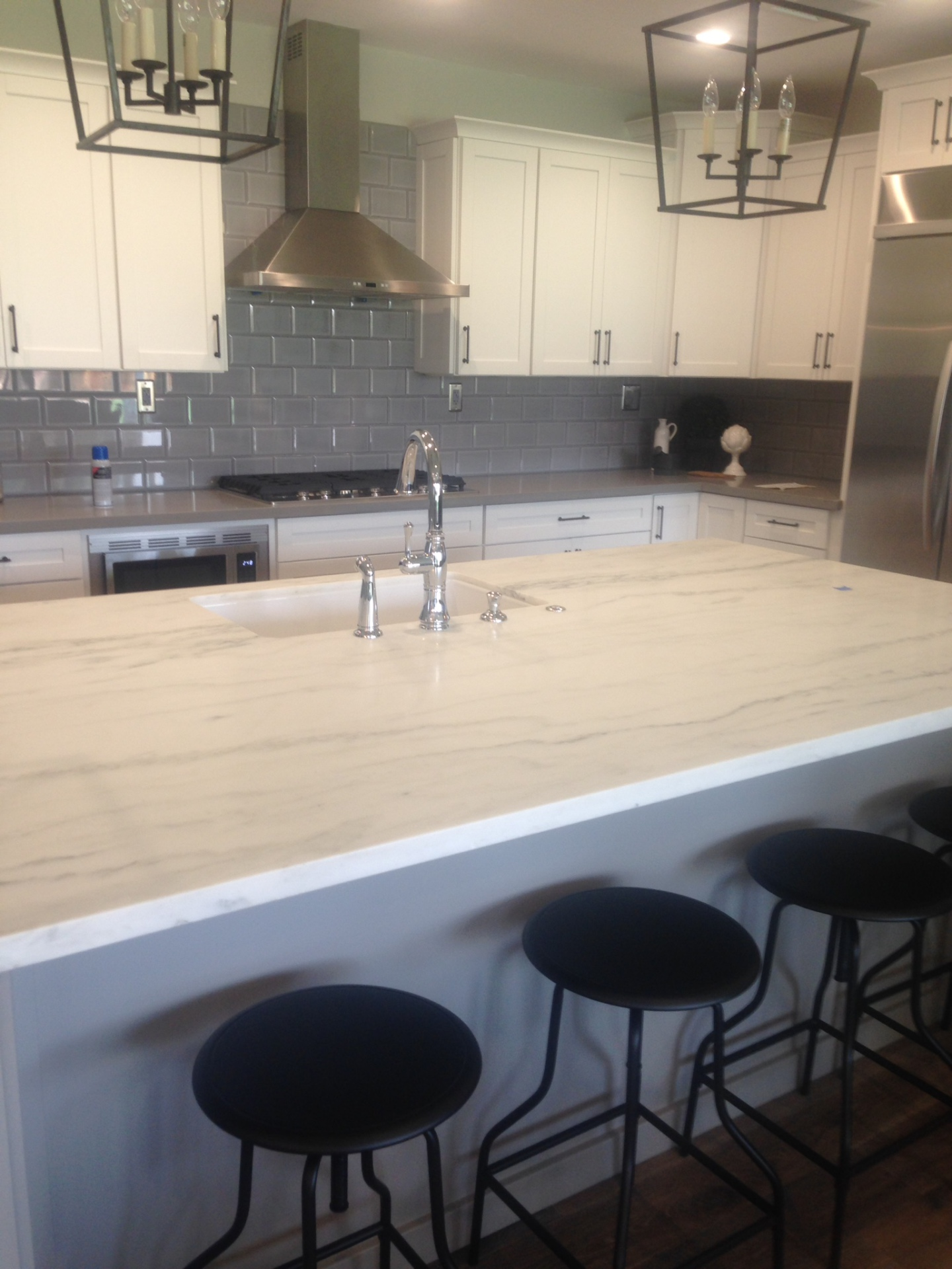 kitchen countertop/island