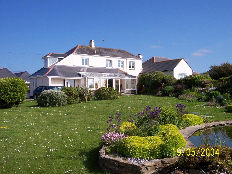 Golden Burn Cottage Portcothan