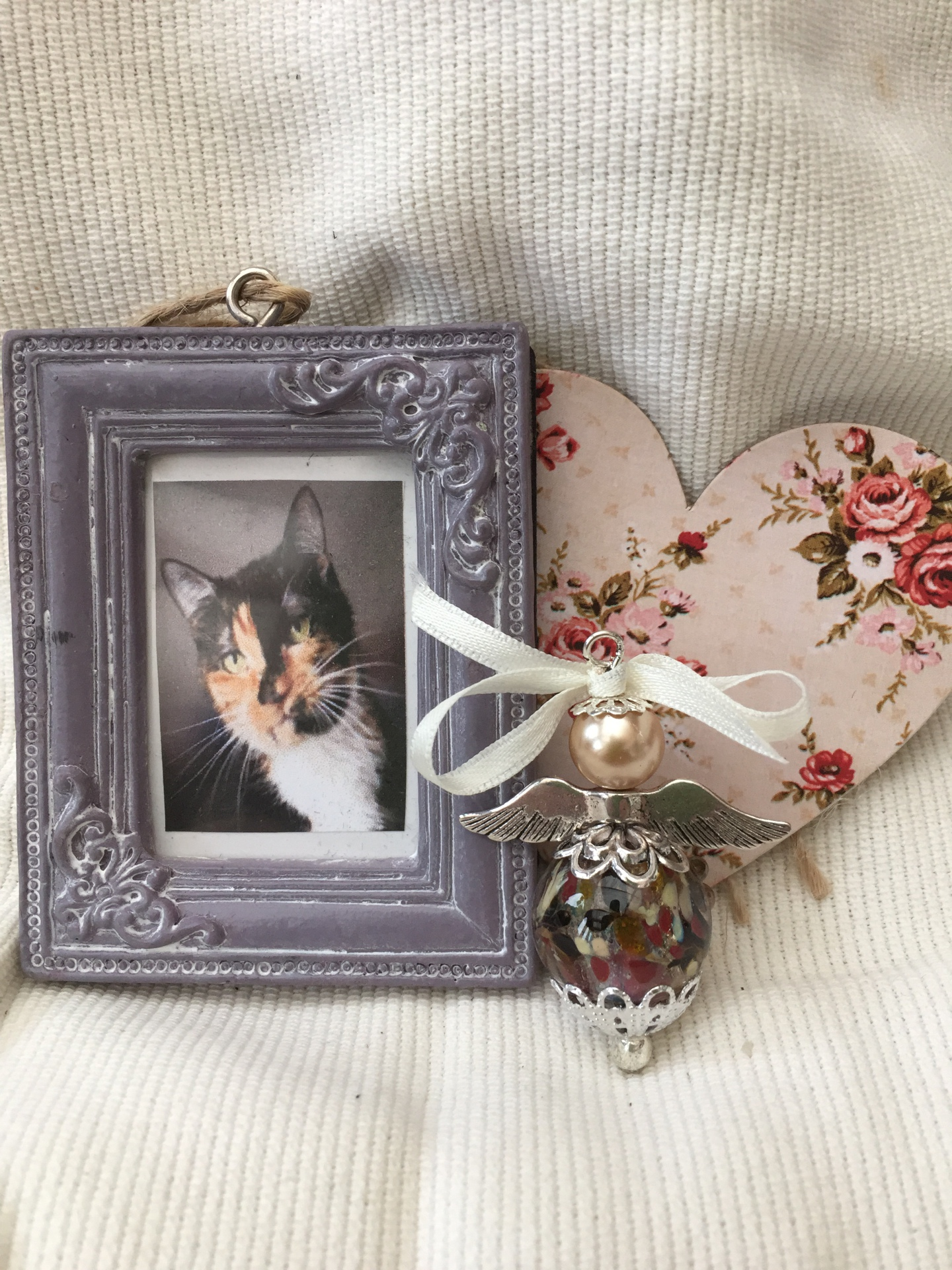 ashes in glass angel cremation funeral memorial loved pets