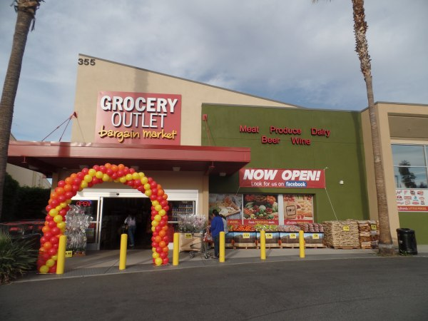 click here to see the ad for Grocery Outlet in Azusa CA