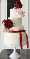 tucson bakery, tucson wedding cakes, vintage wedding cake, red and cream wedding