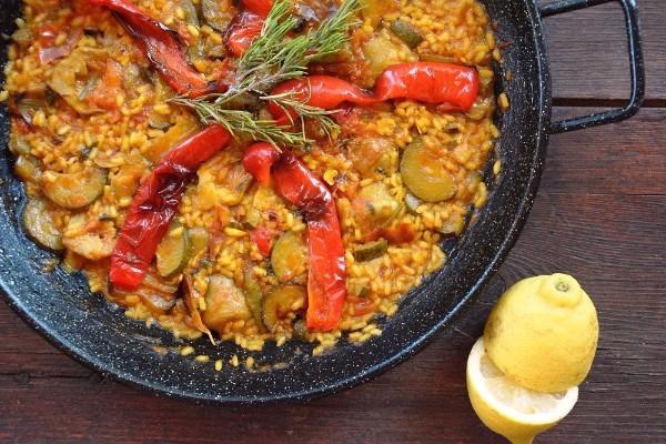Vegetarian gluten free paella