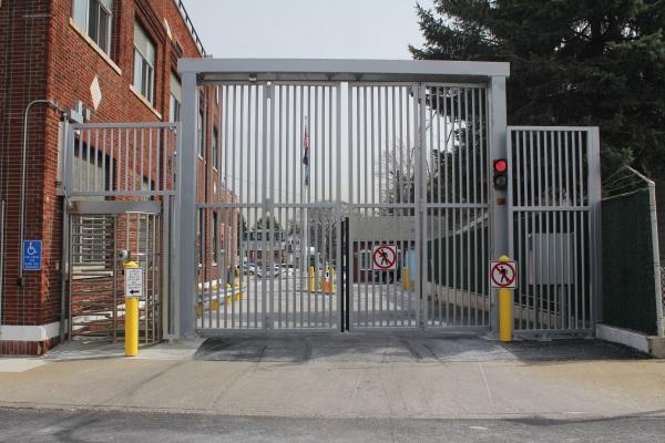 Security Gates & Turnstiles