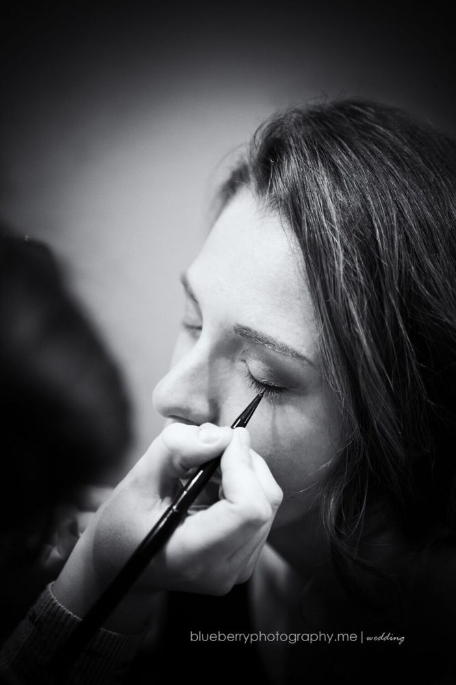 3 Reasons Why You Should Be Investing In A Makeup Artist For Your Wedding