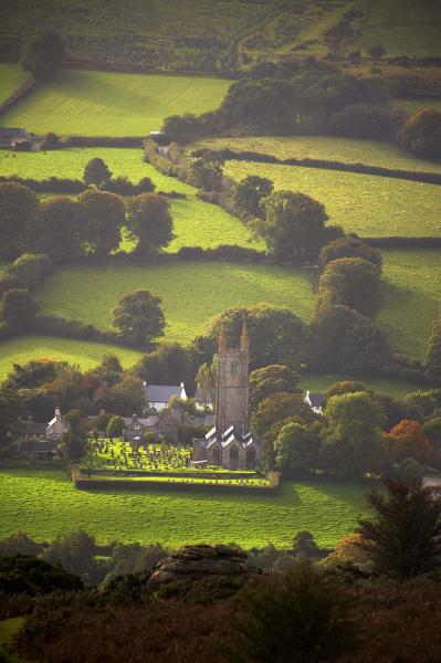 Widecombe in the Moor, Dartmoor, UK L111