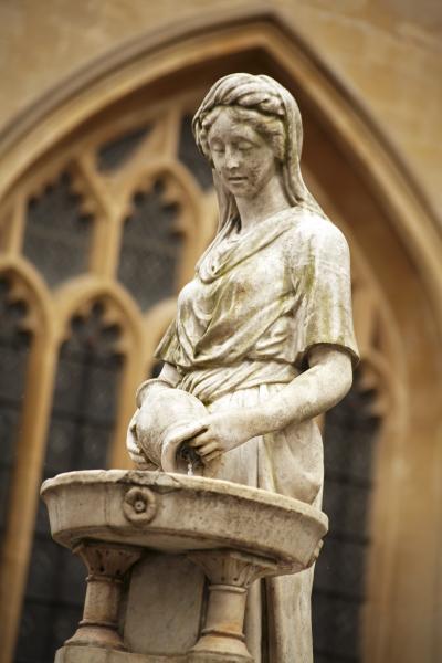 Bath Abbey statue, UK N119