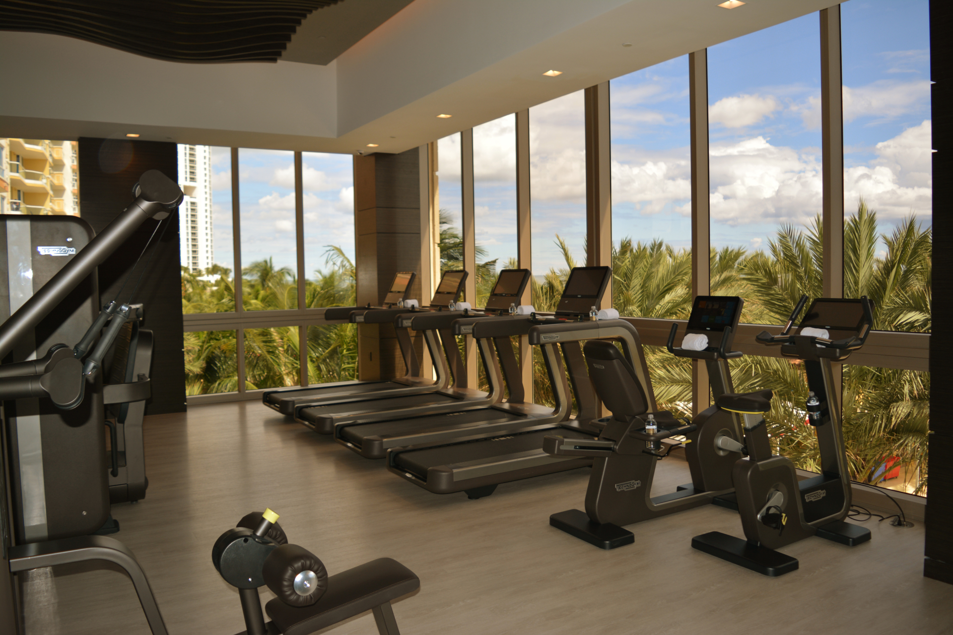 Mansions At Acqualina Miami fitness center
