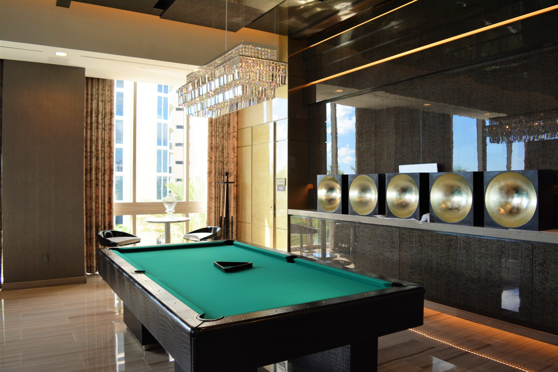 Manisons At Acqualina Miami billiard table
