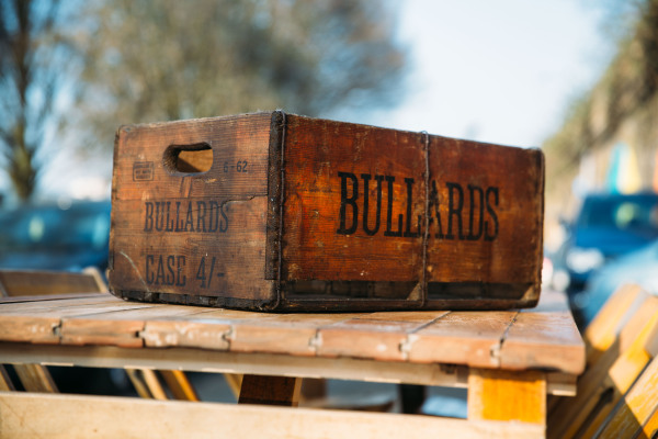 Bullards Beer Box #vintage #wooden #rustic #beer #box #hire #bar #events #weddings #barn #woodland #party
