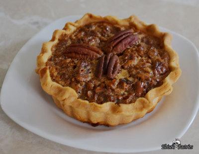 mini pies, desserts