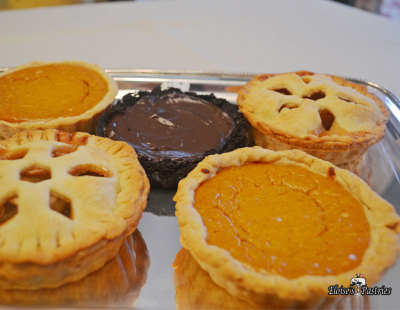 mini chocolate mousse tarts