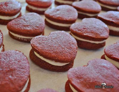 mini red velvet heart whoopie pies