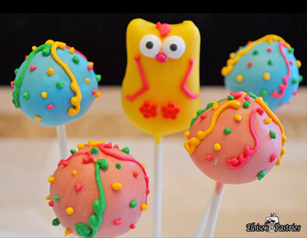pink and blue cake pops, party cake pops, beautiful cake pops, owl cake pops