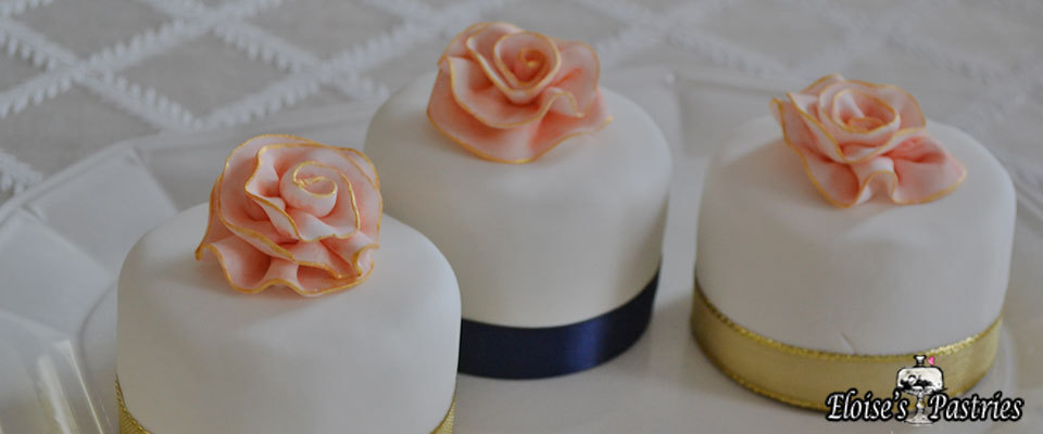 beautiful mini cakes, wedding mini cakes