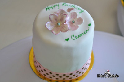 Flower Birthday Cakelette