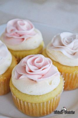 Fondant Rose Topped Cupcake
