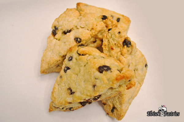 Traditional Currant Scones