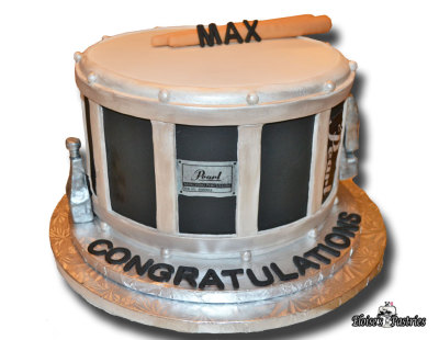 snare drum cake, drum cake, drum graduation cake, graduation cake