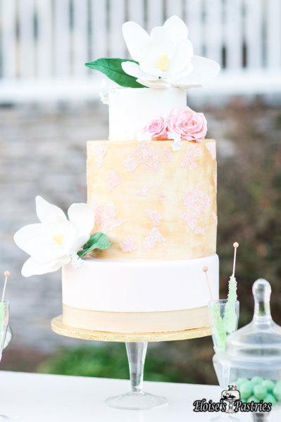 modern wedding cake, gold wedding cake, magnolia wedding cake, southern wedding cake, blush and gold wedding cake