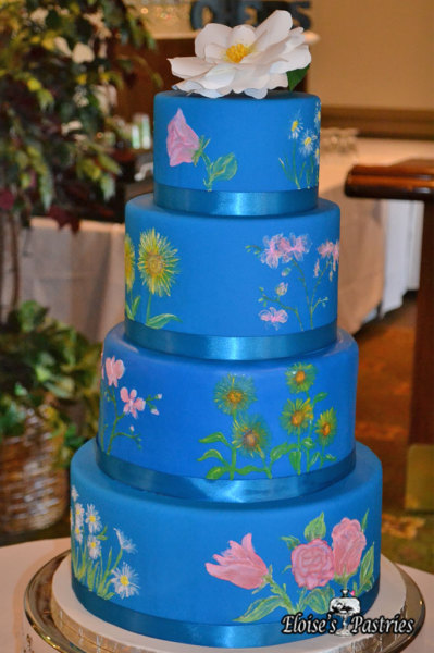 blue wedding cake, blue wedding cake, wedding cake with flowers, wedding cake with field flowers, summer flower wedding cake, wedding cake with hand painted flowers
