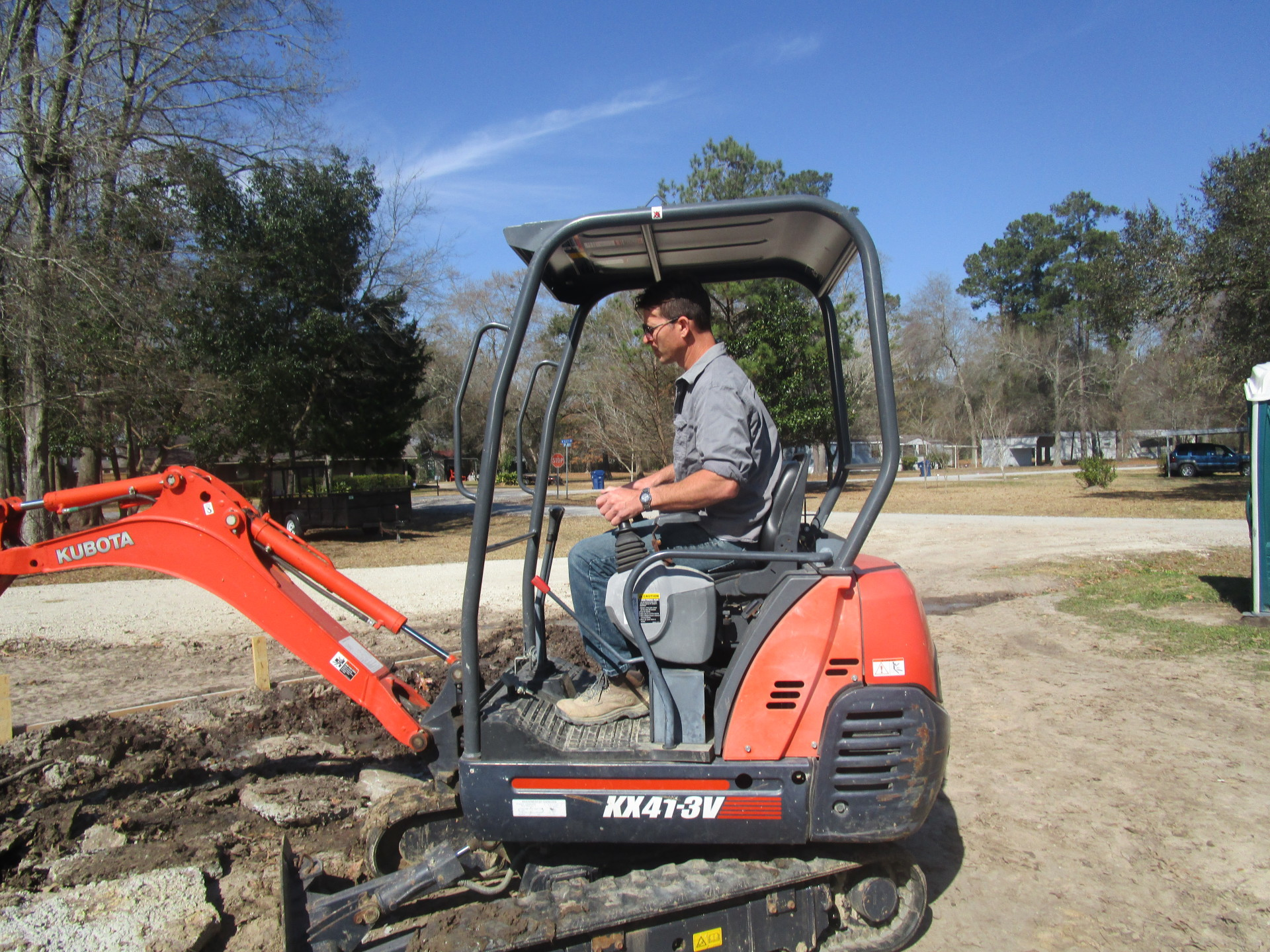Turn-key Construction ~ Black-ins ~ Escavation ~ Dirt work ~ Driveways