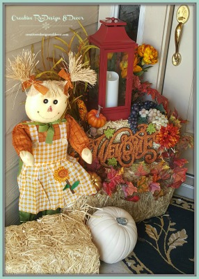 Entry decorated for Fall